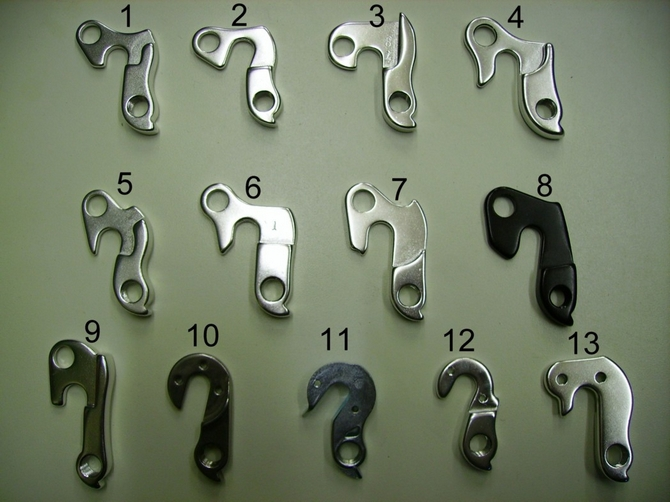 No 1 Gear mech hanger dropout to suit a variety of bicycles , claud butler  , dawes, carrera and gt bikes